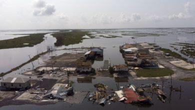 Hurricane hits Louisiana bank Investar, with 3Q loss likely