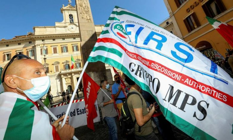 Talks over UniCredit rescue of Monte dei Paschi collapse
